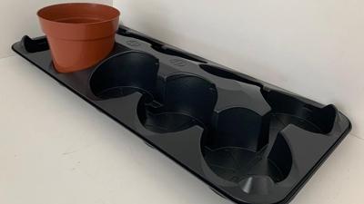 Nieuwe presentatie tray voor 12 centimeter pot - M-plastics